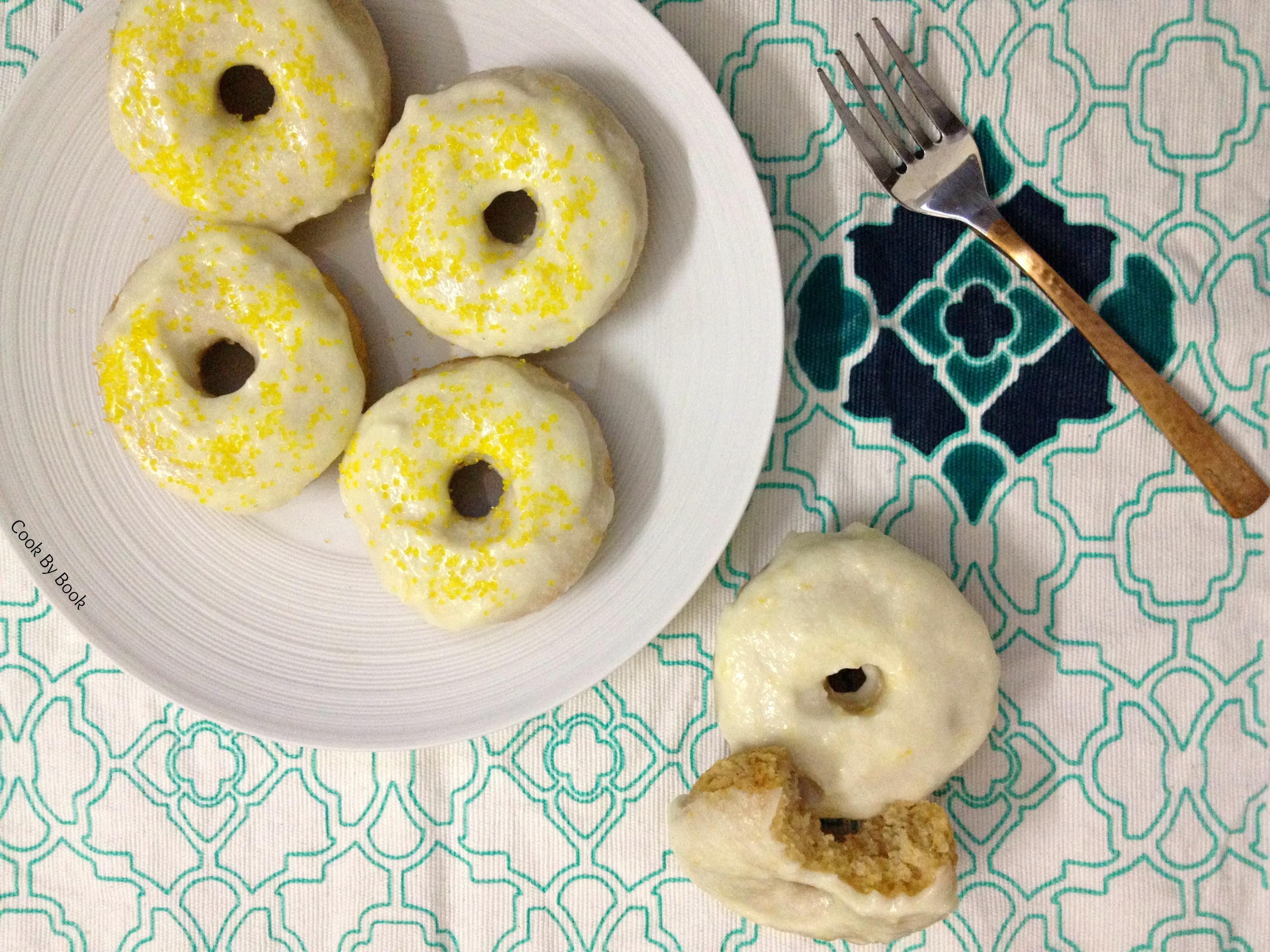 Baked Lemon Donuts with Lemon Cream Cheese Glaze4